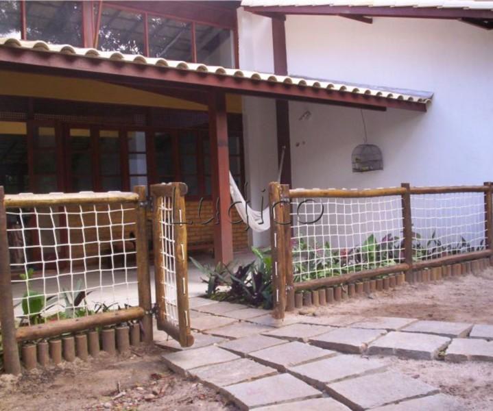 cerca para jardim de eucaliptoCerca (Eucalipto e corda)